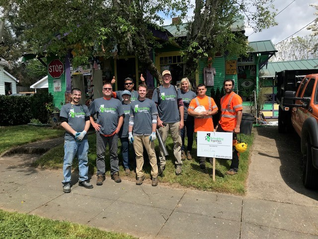 CommunityCare Day 2018: Portland East & Arbor revitalize neighborhood home